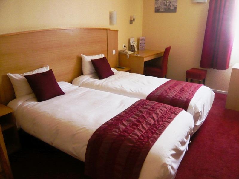 Hotel Kyriad Saint Maurice