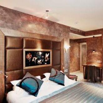 h tels autour des champs elys es. Black Bedroom Furniture Sets. Home Design Ideas