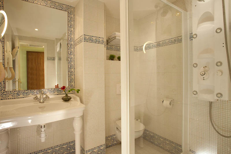 Best Hotel Salle De Bain Jacuzzi Images - Design Trends 2017 ...
