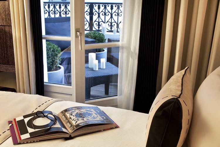 Hotel les jardins de la villa sur h tel paris for Les jardins de la villa paris hotel