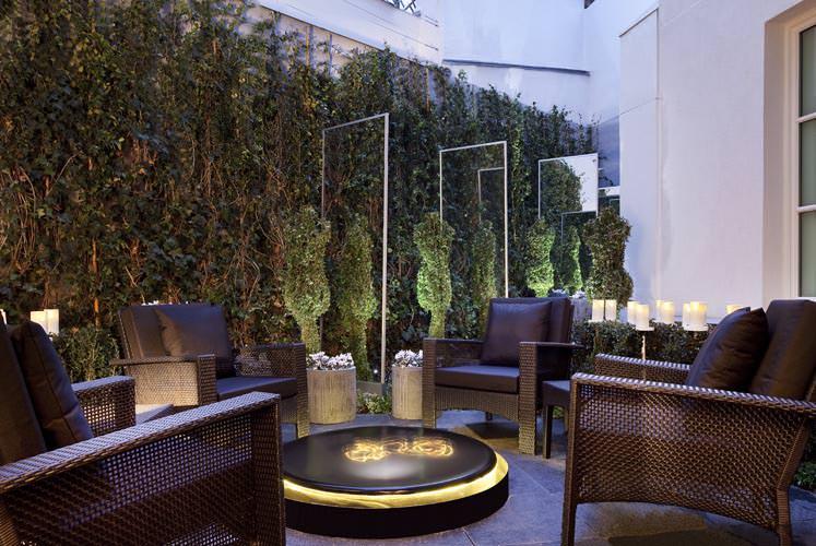Hotel les jardins de la villa sur h tel paris for Les jardins de la villa slh