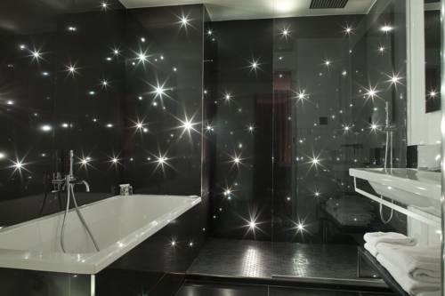 Hotel georgette sur h tel paris for Salle de bain d hotel luxe
