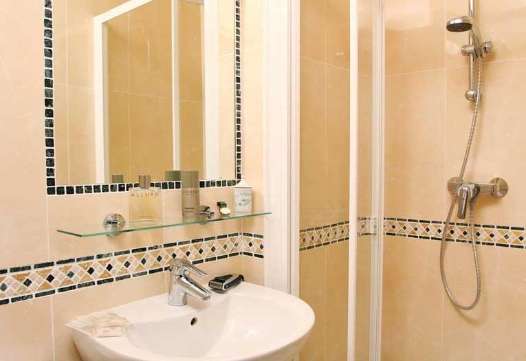 Hotel des mines sur h tel paris for Hotel des bains paris 14