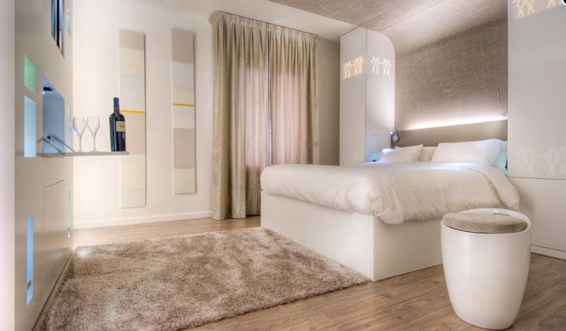 hotel gabriel r publique sur h tel paris. Black Bedroom Furniture Sets. Home Design Ideas