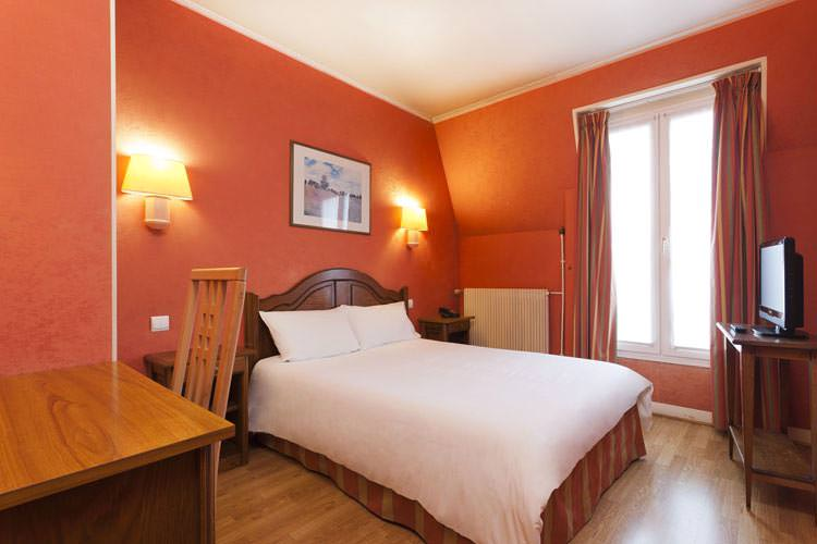 Chambre double hotel California Saint Germain