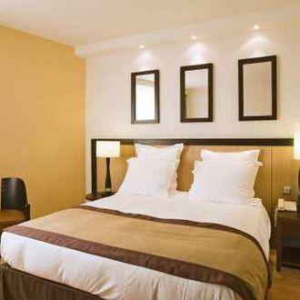 h tels paris avec parking. Black Bedroom Furniture Sets. Home Design Ideas