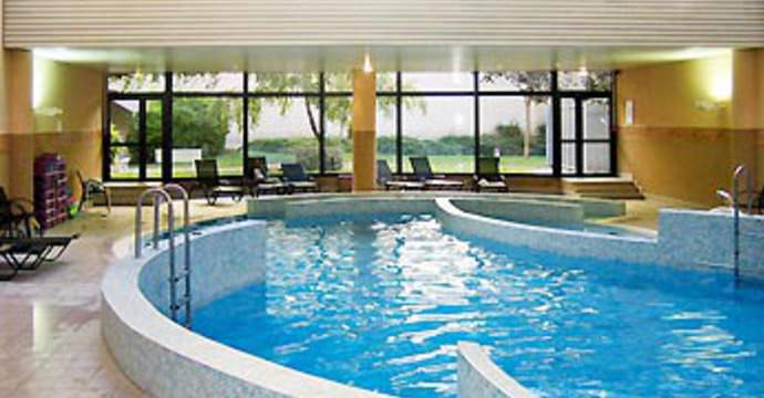 H tels paris avec piscine for Champerret piscine