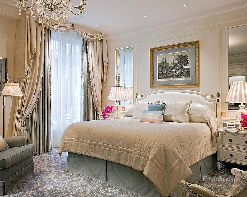H tel four seasons george v sur h tel paris for Chambre de hotel france