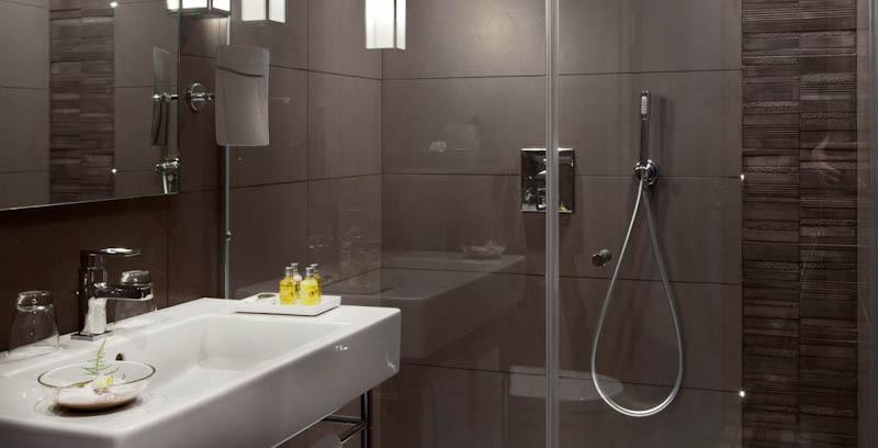 Le grey hotel sur h tel paris for Salle de bains design luxe