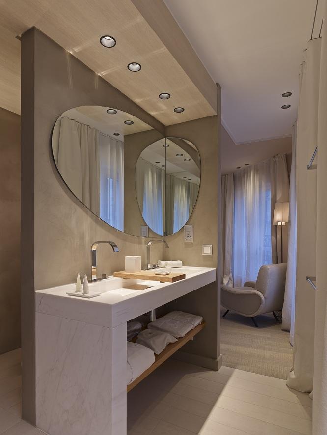 Hotel de nell sur h tel paris for Salle de bain hotel 5 etoiles
