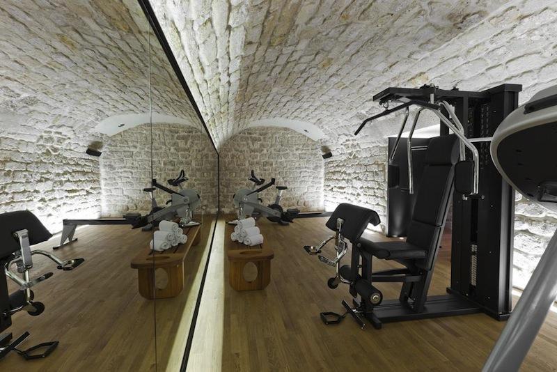 hotel du minist re sur h tel paris. Black Bedroom Furniture Sets. Home Design Ideas