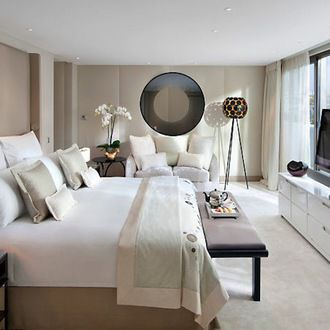 le mandarin oriental sur h tel paris. Black Bedroom Furniture Sets. Home Design Ideas