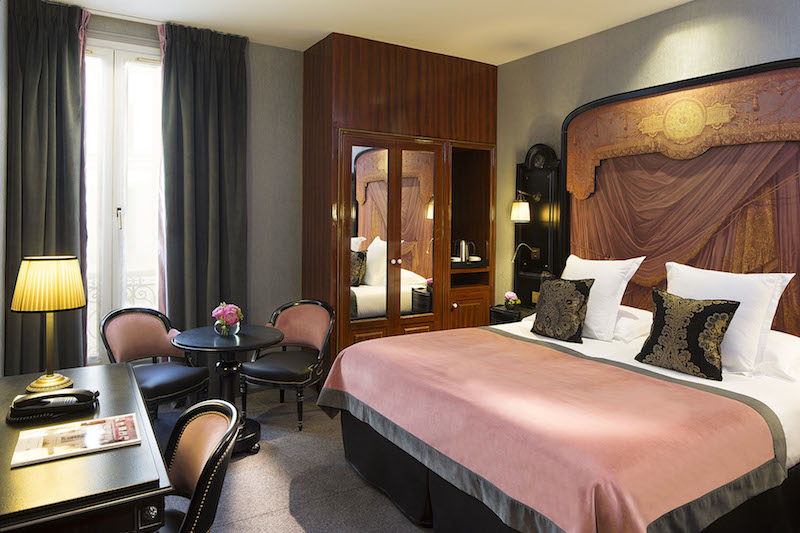Chambre Hotel Belmont Champs Elysees