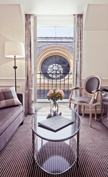grand h tel du palais royal sur h tel paris. Black Bedroom Furniture Sets. Home Design Ideas