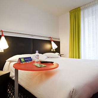 Photo de Hôtel Ibis Styles Paris République Le Marais