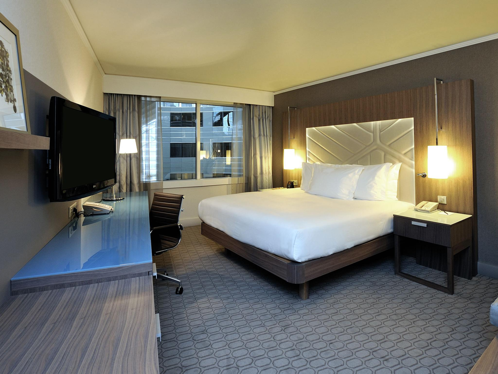 Salle De Bain Couloir Plan ~ Hotel Hilton La D Fense Hotelaparis Com Sur H Tel Paris
