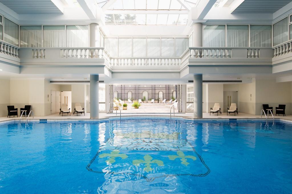 Hotel paris avec piscine for Salon piscine paris