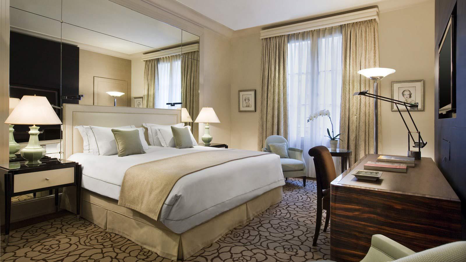 Prince de galles champs elys es sur h tel paris for Chambre de hotel france