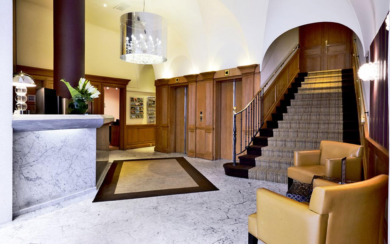 Hotel paris neuilly sur h tel paris for Reserver un hotel paris
