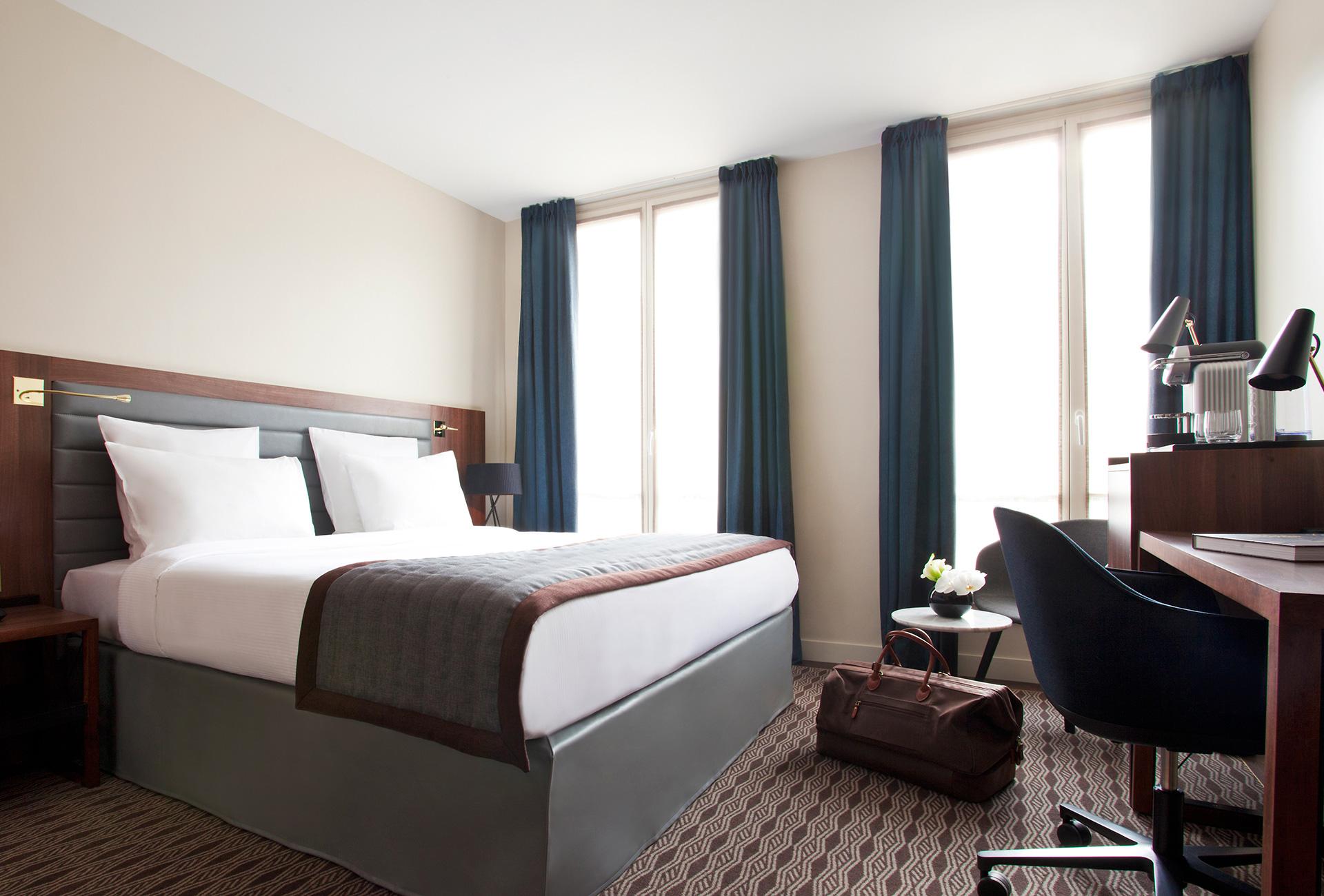 Hotel paris 9eme best western for Chambre western