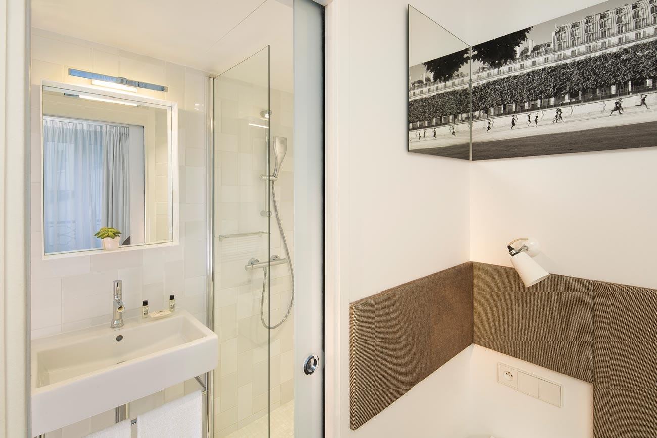 hotel mistral sur h tel paris. Black Bedroom Furniture Sets. Home Design Ideas