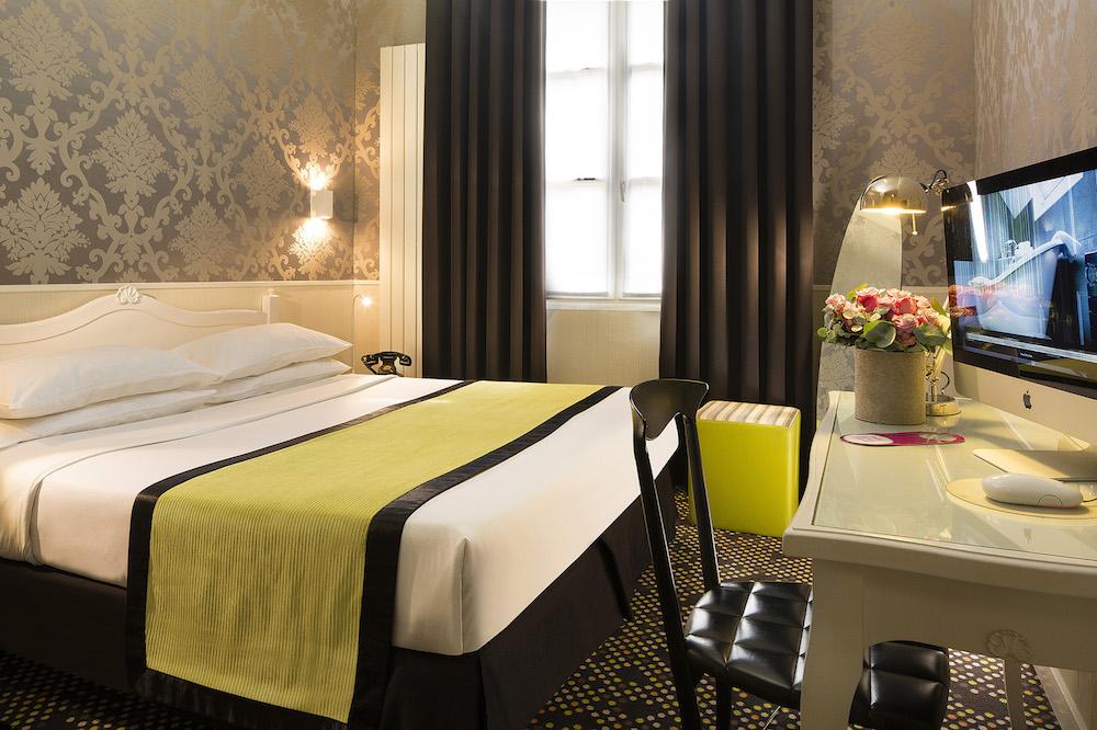 hotel design sorbonne sur h tel paris. Black Bedroom Furniture Sets. Home Design Ideas