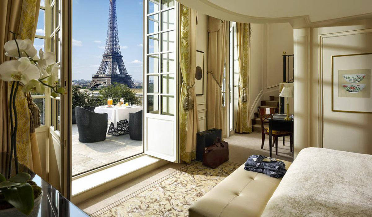 Les Plus Beaux Hotels Avec Vue Sur Paris Le Magazine