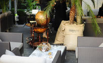 Blog thumbnail terrasse du purple bar 4 hotel du collectionneur
