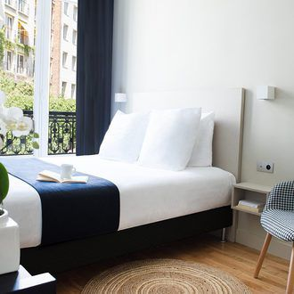 Hotel Cervantes Paris Eme