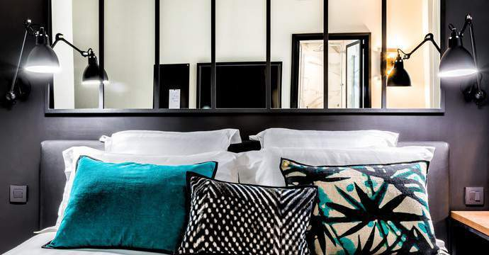 h tels paris avec salle de fitness. Black Bedroom Furniture Sets. Home Design Ideas