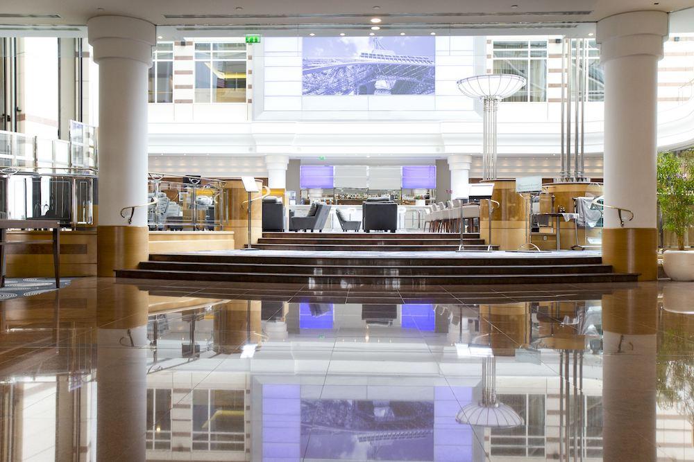 Hotel Hilton Aeroport Roissy Charles De Gaulle Sur Hotel A Paris