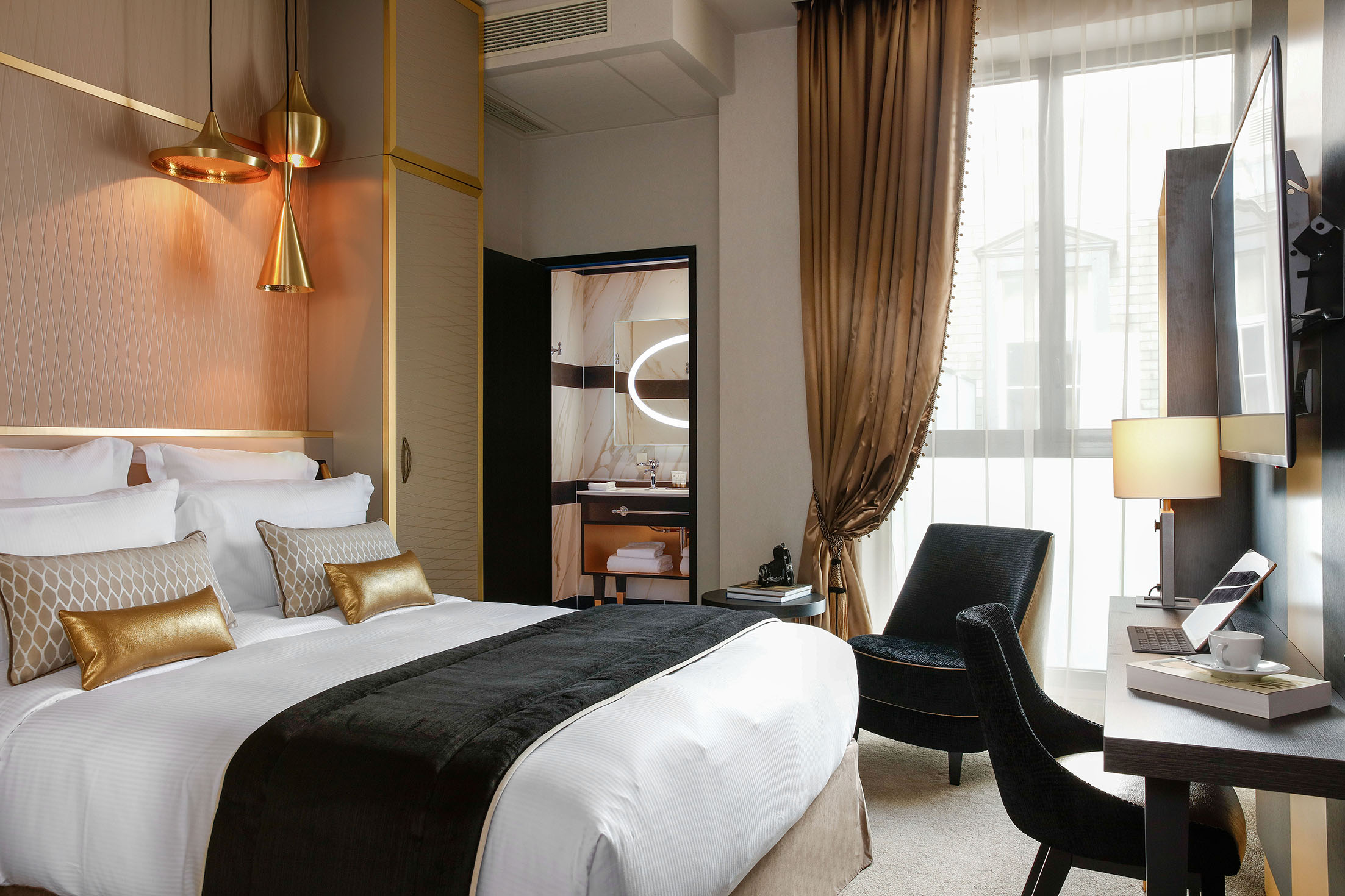 Niepce paris curio collection by hilton sur h tel paris for Trouver un hotel paris